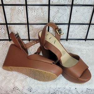 Zia wedge sandal